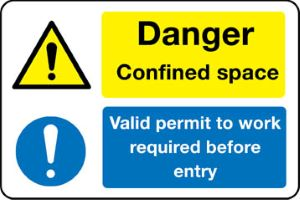 02827 Danger confined space. Valid permit to wrok required before entry sign