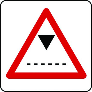Traffic height restriction sign