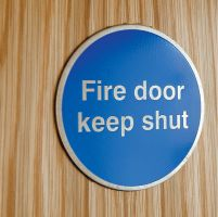 6577 Fire door keep shut 3mm mirror brass effect dibond sign
