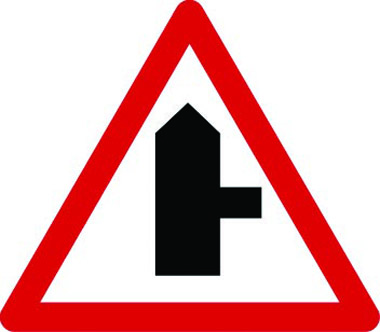 Junction right traffic sign